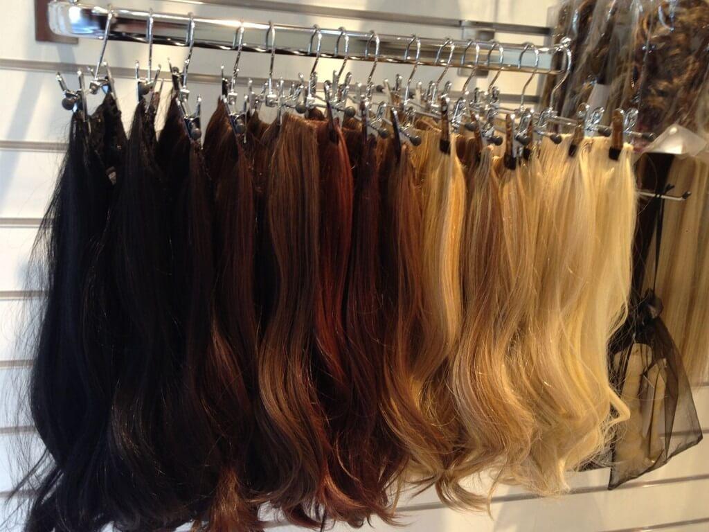 Hair extensions: Human Hair vs Synthetic hair extensions - Thumbnail 1 6 - Hair extensions: Human Hair vs Synthetic