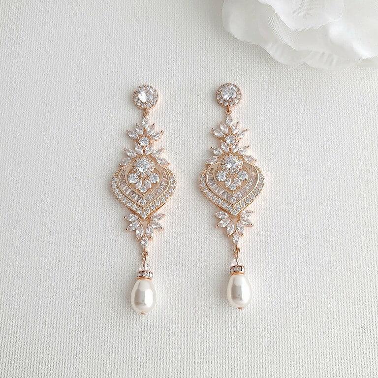 Chandelier Earrings: Elegance Personified chandelier earrings - Chandelier Earrings - Chandelier Earrings: Elegance Personified
