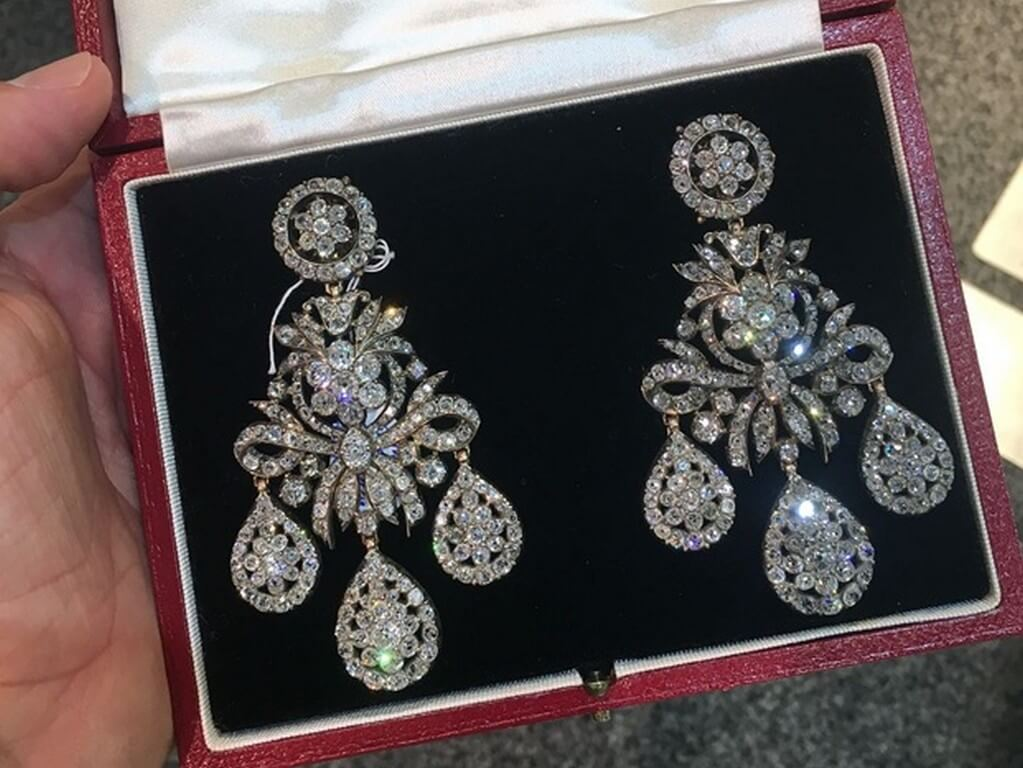 Earrings - All you ever wanted to know  earrings - Diamond Girandole - Earrings – All you ever wanted to know