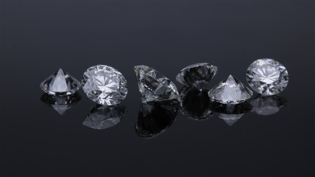 Diamonds – How to identify if they are Fake or Real? diamonds - Diamonds - Diamonds – How to identify if they are Fake or Real?