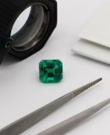 Jeweler's Loupe – How to select and use it?