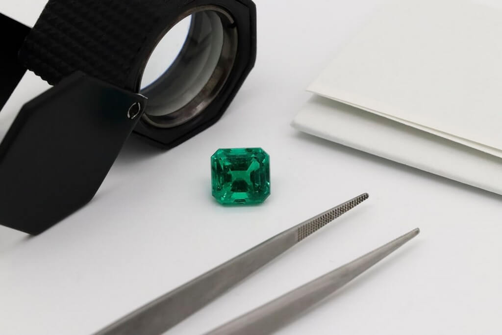 Jeweler's Loupe – How to select and use it? jeweler's loupe - Jeweler s Loupe - Jeweler's Loupe – How to select and use it?