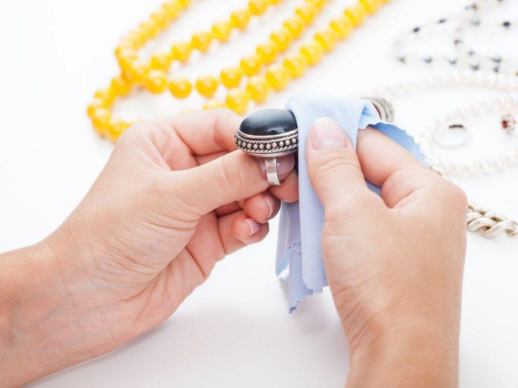 How to Clean Jewellery? how to clean jewellery? - Jewellery Cleaning - How to Clean Jewellery?