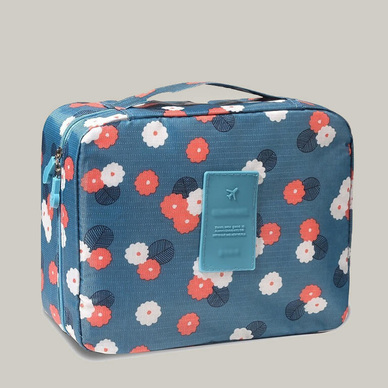 Makeup Bags That Are Travel-Friendly makeup bags - Makeup Bags That Are Travel Friendly 2 - Makeup Bags That Are Travel-Friendly
