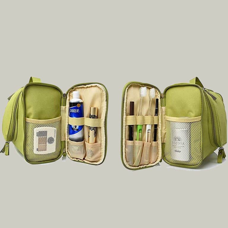 Makeup Bags That Are Travel-Friendly makeup bags - Makeup Bags That Are Travel Friendly 4 - Makeup Bags That Are Travel-Friendly