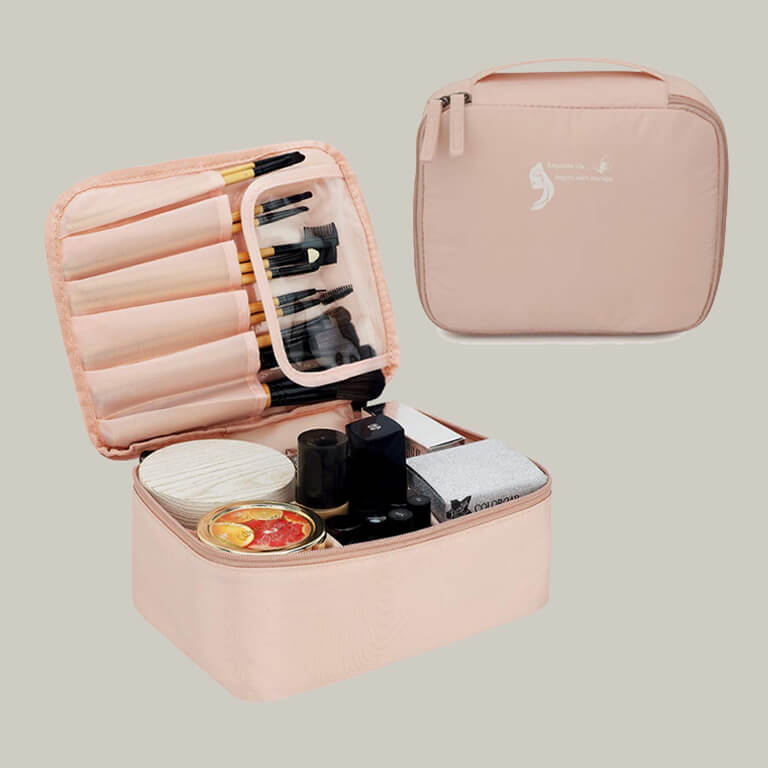 Makeup Bags That Are Travel-Friendly makeup bags - Makeup Bags That Are Travel Friendly 6 - Makeup Bags That Are Travel-Friendly