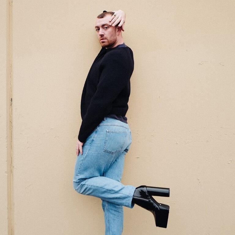 FASHION ICONS WHO ARE MAKING SENSATIONAL STATEMENTS! fashion icon - Sam Smith 5 - FASHION ICONS WHO ARE MAKING SENSATIONAL STATEMENTS!