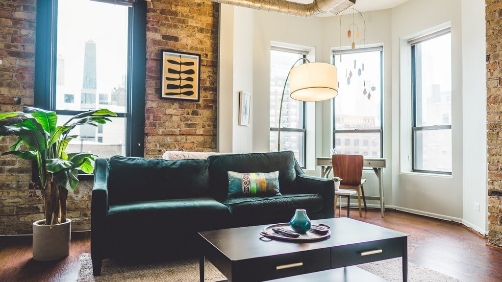 Different types of lighting are incorporated into a living room based on the needs and preferences of the clients. types of lighting - Types of lighting used in living room interior design 2 - Types of lighting used in living room interior design