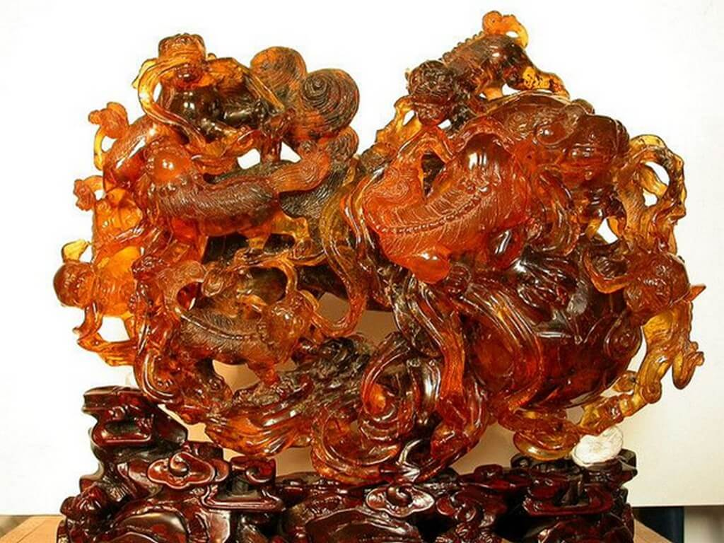 Amber jewellery – From royalty to healing powers  amber jewellery - Amber jewellery     From royalty to healing powers 2 - Amber jewellery – From royalty to healing powers