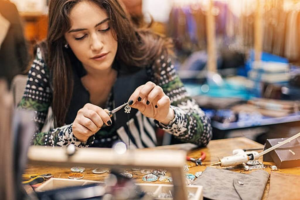 Career as a Jewellery Designer career as a jewellery designer - Career as a Jewellery Designer 3 - Career as a Jewellery Designer