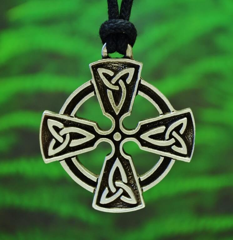 Celtic Jewellery – The merger of traditional with modernism celtic jewellery - Celtic Jewellery     The merger of traditional with modernism 4 - Celtic Jewellery – The merger of traditional with modernism