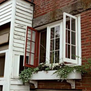 Different Types Of Windows! different types of windows - Different Types Of Windows 2 300x300 - Different Types Of Windows!
