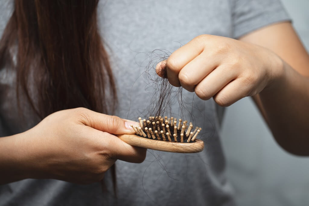 HAIR LOSS AFTER COVID-19: WAYS TO ENHANCE HAIR GROWTH hair loss - HAIR LOSS AFTER COVID 19 WAYS TO ENHANCE HAIR GROWTH Thumbnail - HAIR LOSS AFTER COVID-19: WAYS TO ENHANCE HAIR GROWTH