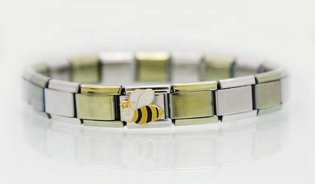 History of Charm Bracelets charm bracelets - History of Charm Bracelets 2 - History of Charm Bracelets
