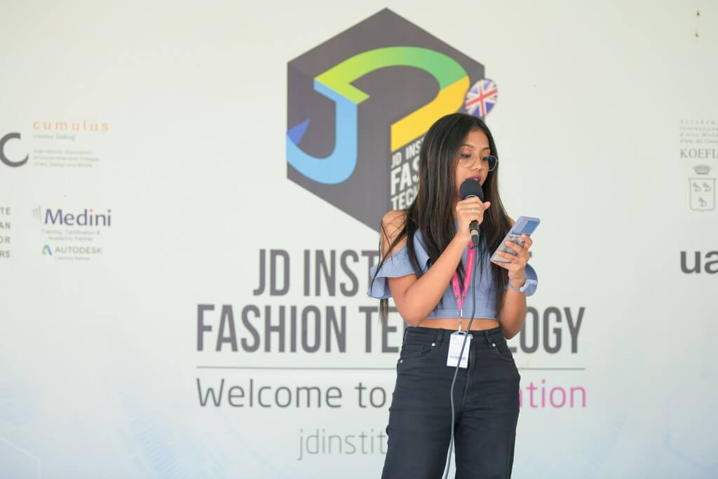 JD Music band:JD Institute of Fashion Technology students jam in style jd music band - JD Music bandJD Institute of Fashion Technology students jam in style 5 - JD Music band:JD Institute of Fashion Technology students jam in style