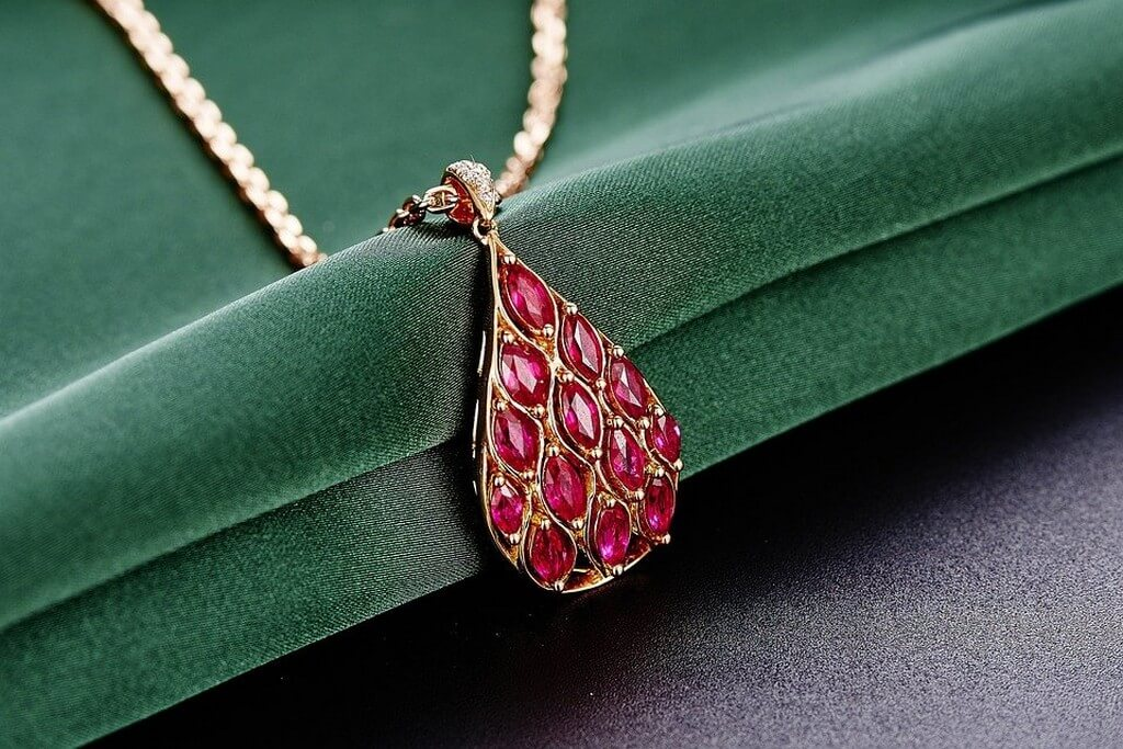 Ruby Jewellery – It is precious ruby - Ruby Jewellery     It is precious 3 - Ruby Jewellery – It is precious
