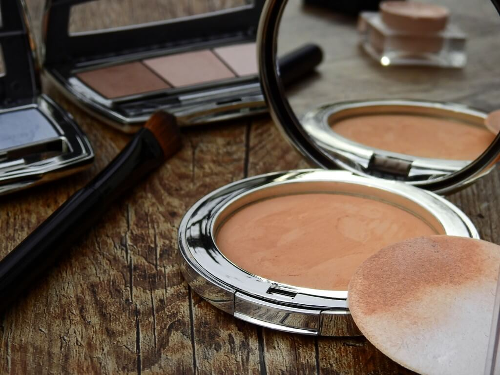 5 Makeup and skincare ingredients to avoid if you have oily skin makeup and skincare - 5 Makeup and skincare ingredients to avoid if you have oily skin 4 - 5 Makeup and skincare ingredients to avoid if you have oily skin