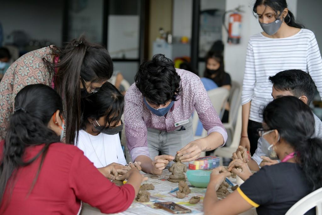 Ganesh Chaturthi Idol Making Workshop ganesh chaturthi - Ganesh Chaturthi Idol Making Workshop Thumbnail - Ganesh Chaturthi Idol Making Workshop