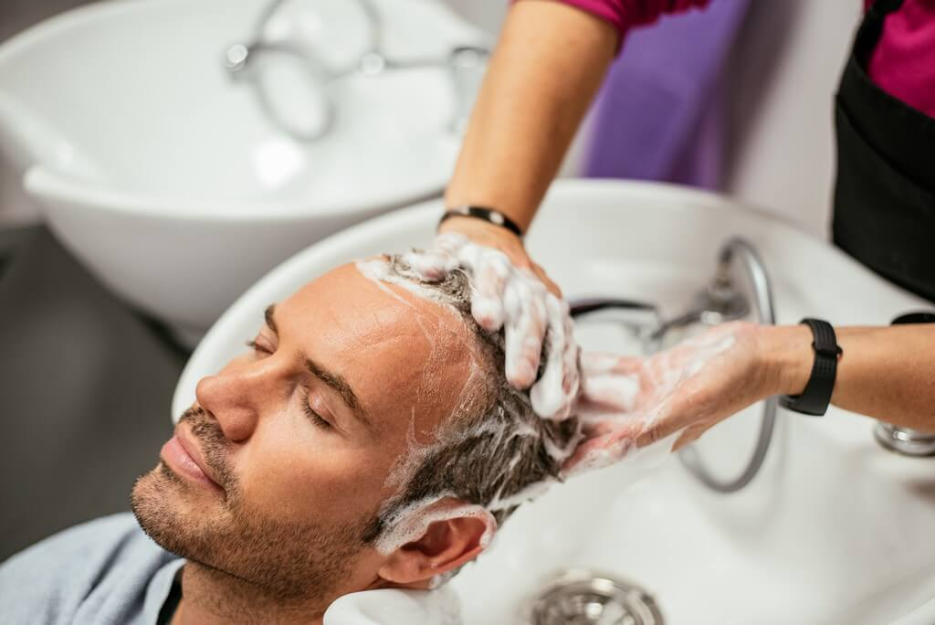 Haircare for men: 6 easy steps to follow for luscious locks haircare for men - Haircare for men 6 easy steps to follow for luscious locks 4 - Haircare for men: 6 easy steps to follow for luscious locks