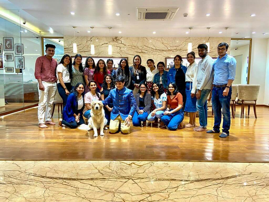 Jewellery Boutique Visit By Students Of DFJD 2021 jewellery boutique - Jewellery Boutique Visit By Students Of DFJD 2021 Thumbnail 1 - Jewellery Boutique Visit By Students Of DFJD 2021