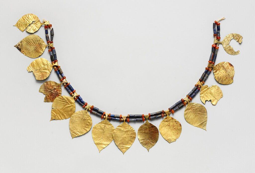 Necklaces – A brief history necklaces - Necklaces     A brief history 4 - Necklaces – A brief history