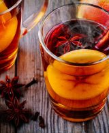 Apple Cider Vinegar 4 benefits of this magic potion for lustrous hair