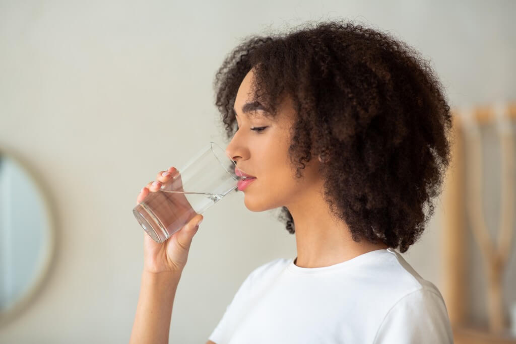 Dry skin Tips and tricks to manage dehydrated and dull skin dry skin - Dry skin Tips and tricks to manage dehydrated and dull skin 3 - Dry skin: Tips and tricks to manage dehydrated and dull skin