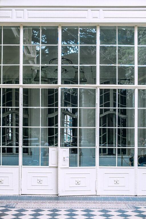 Features of industrial interior design unlike other styles of interior design are simple. These are some of the features of industrial design. features - Features of industrial interior design 7 - Features of industrial interior design