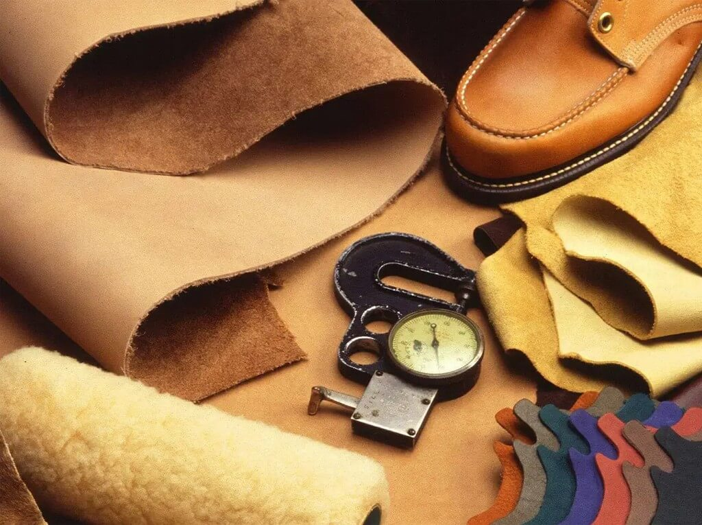 Leather Italian Leather Never Goes Out Of Style! leather - Leather Italian Leather Never Goes Out Of Style  - Leather: Italian Leather Never Goes Out Of Style!