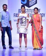 "JD Annual Design Awards 2016 – Untold Stories : ""NEEDLED EMOTIONS"" Designers : Dinesh Kumar & Soumali Debnath Photography : Jerin Nath"