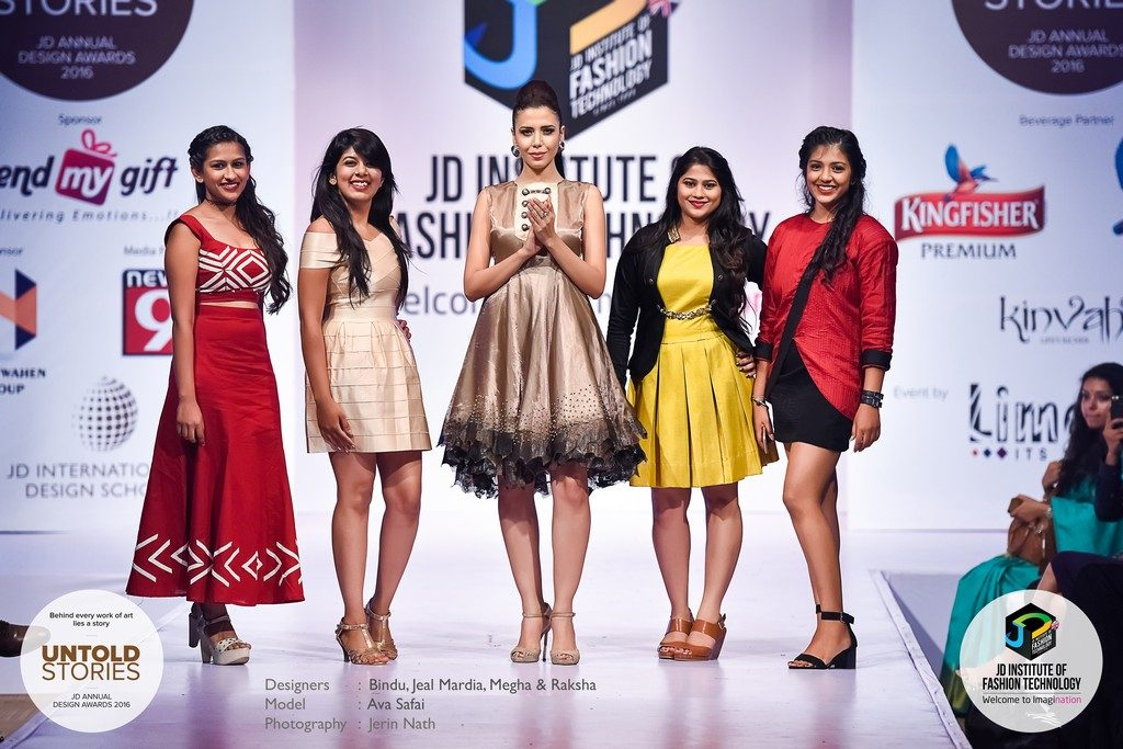 "JD Annual Design Awards 2016 – Untold Stories : ""SMOULDER"" Designers : Bindu, Jeal Mardia, Megha & Raksha Photography : Jerin Nath  - 8 1024x683 - JD Annual Design Awards 2016 – Untold Stories : ""SMOULDER"""