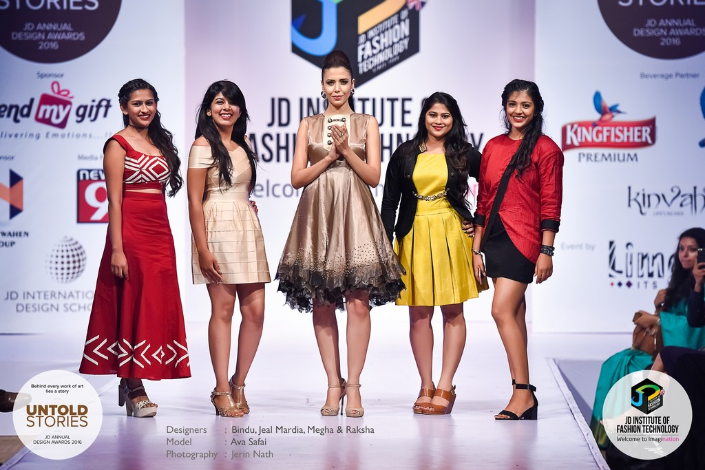 "JD Annual Design Awards 2016 – Untold Stories : ""SMOULDER"" Designers : Bindu, Jeal Mardia, Megha & Raksha Photography : Jerin Nath  - 8 - JD Annual Design Awards 2016 – Untold Stories : ""SMOULDER"""