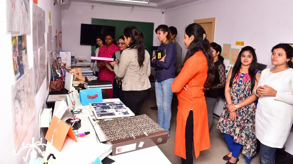 Preview & Review Session by Ambika Thandavan review session by ambika thandavan - jewelry department jd 4 1024x575 - Review Session by Ambika Thandavan