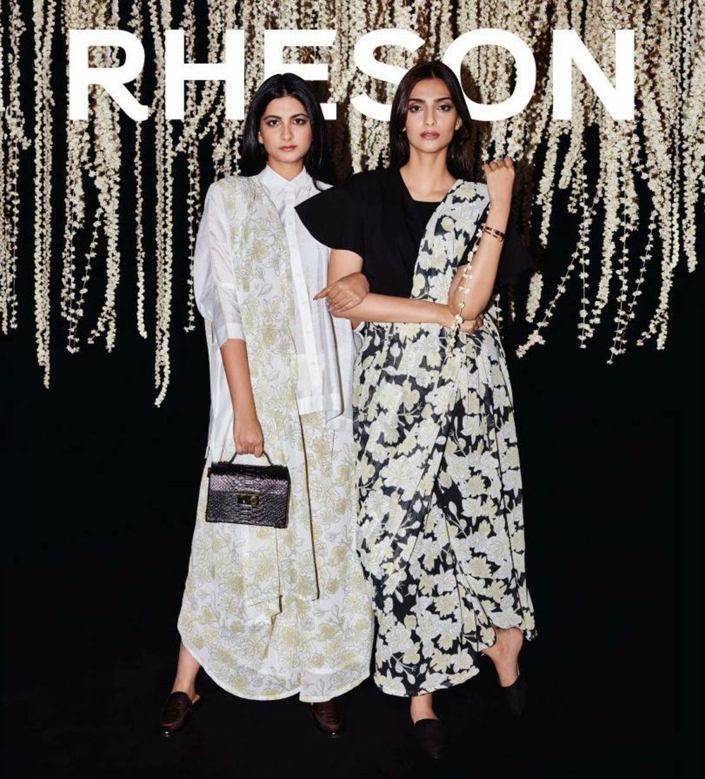 Sonam Kapoor - Evolution of a Fashion & Style Diva sonam kapoor - evolution of a fashion Sonam Kapoor – Evolution of a Fashion & Style Diva article on sonam kapoor2