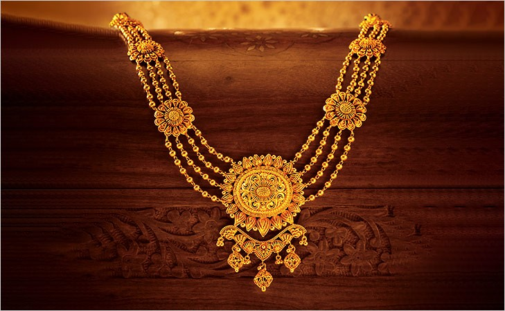 Aadh and Rani haar created by Tanishq for the movie - Padmavati padmavati jewellery - gems of rajasthan Padmavati Jewellery – Gems of Rajasthan – Samanvita Gnanesh rani haar