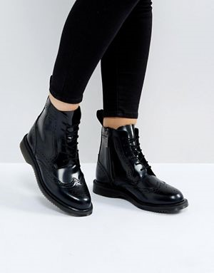 Boots essential shoes Essential Shoes Every Women Should Have – 2018 Boots1