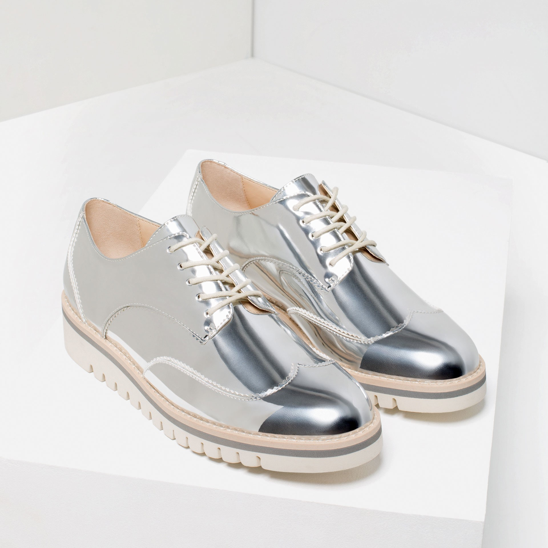 Flat Ballerinas essential shoes - Flat Ballerinas - Essential Shoes Every Women Should Have – 2018