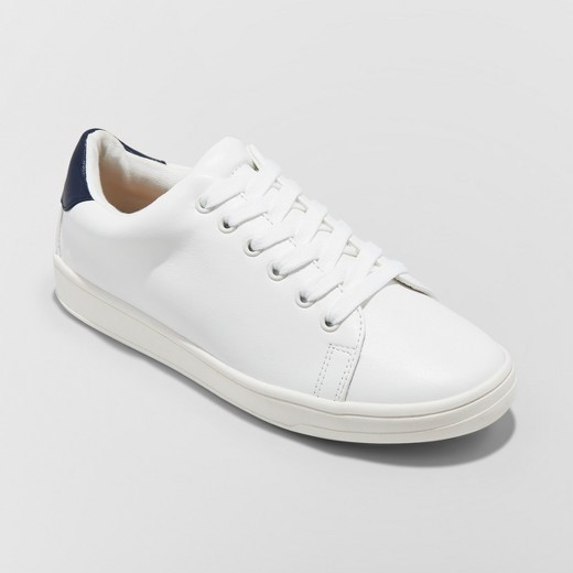 White Sneakers essential shoes - White Sneakers - Essential Shoes Every Women Should Have – 2018