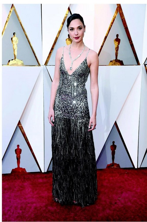 best dressed at the oscar 2018 red carpet - Gal Gadot - Best dressed at the Oscar 2018 Red Carpet