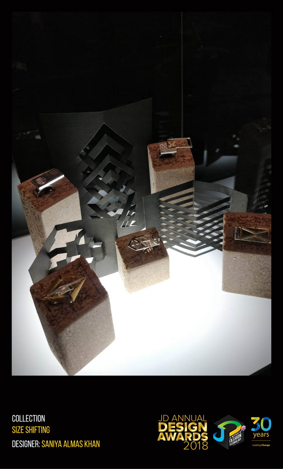 Size Shifting – Change – JD Annual Design Awards 2018 | Designer: Saniya Almas Khan | Photography : Jerin Nath (@jerin_nath) size shifting Size Shifting – Change – JD Annual Design Awards 2018 Size Shifting