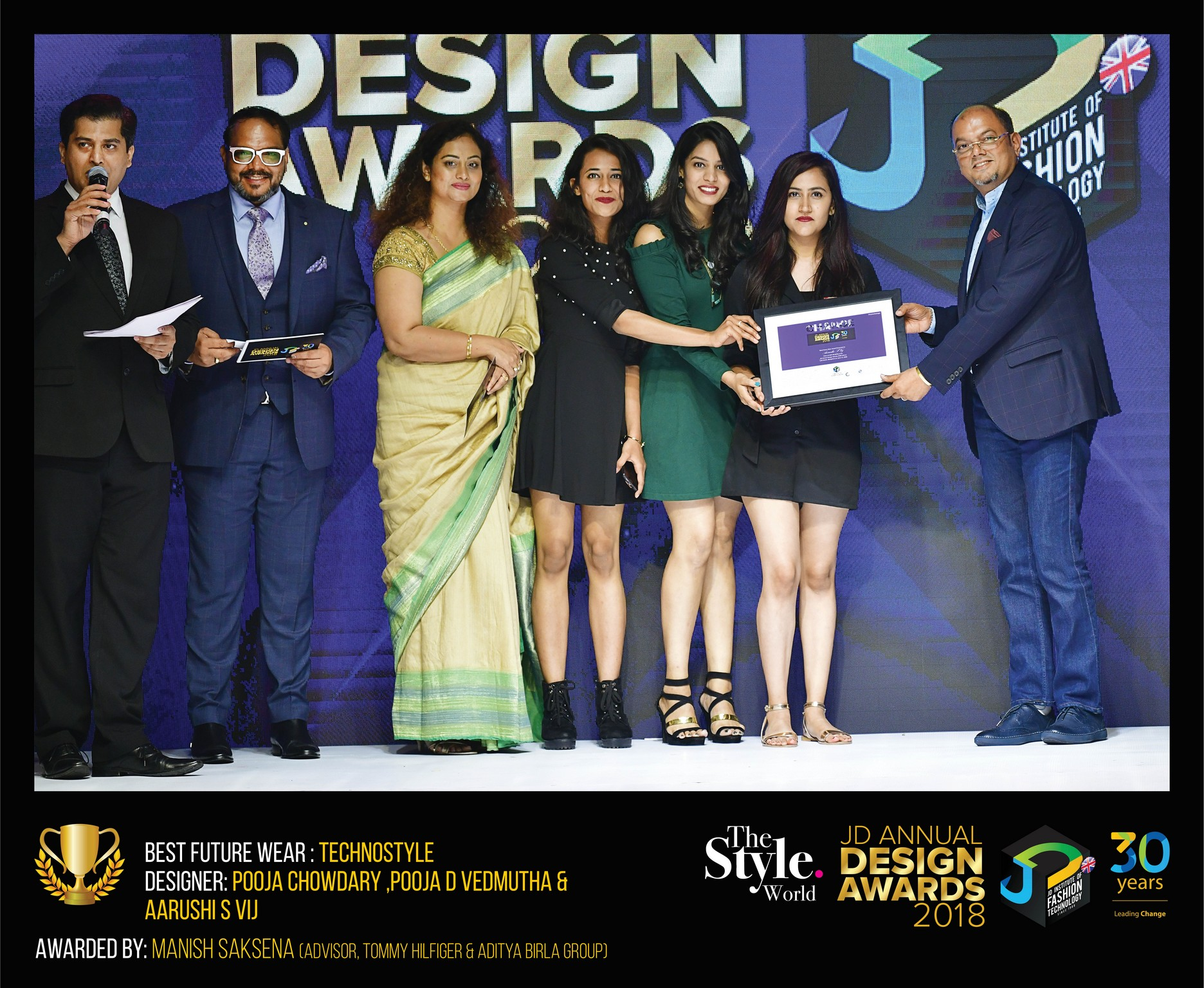 Techno style – Change – JD Annual Design Awards 2018 | Designer: M. Pooja, Pooja.D | Photography : Jerin Nath (@jerin_nath) techno style - Technostyle8 final - Techno style – Change – JD Annual Design Awards 2018