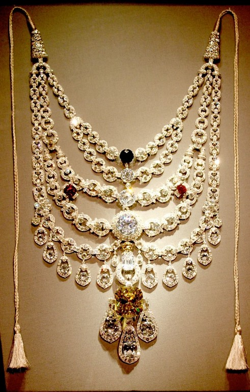 The Curated list of Top 10 vintage royal pieces curated list of top 10 vintage royal pieces - Curated list 1 - The Curated list of Top 10 vintage royal pieces of Jewellery of India
