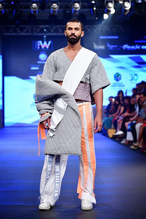 Jediiians shinning at India Beach Fashion Week jediiians shinning at india beach fashion week - Jediiians at India Beach Fashion Week 9 - Jediiians shinning at India Beach Fashion Week