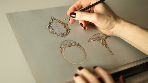 How to Become a Jewelry Designer jewelry designer - unnamed 4 - How to Become a Jewelry Designer