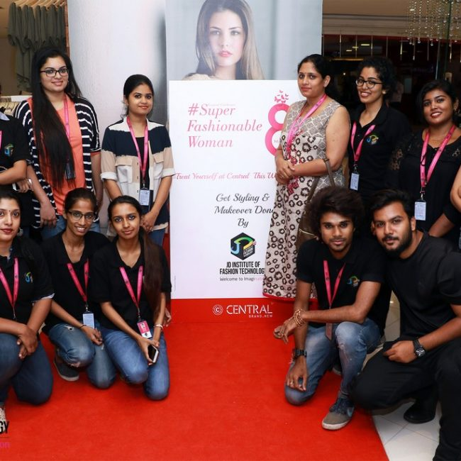 women's day styling at centre square mall WOMEN'S DAY STYLING AT CENTRE SQUARE MALL – KOCHI WOMEN   S DAY STYLING AT CENTRE SQUARE MALL KOCHI 1 650x650