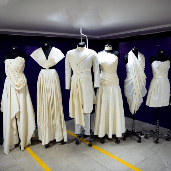draping THE FINE ART OF FASHION DRAPING – FROM CONCEPT TO CREATION DSC0574 650x650