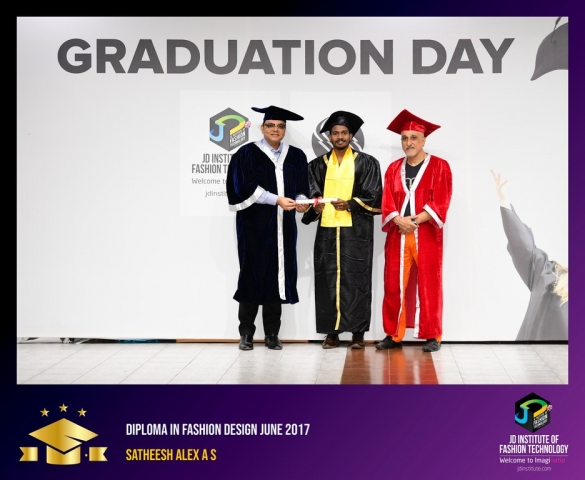 JD Institute Holds Graduation Ceremony for its Diploma and Post Graduate Students Diploma In Fashion Design 17