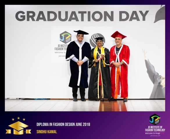 JD Institute Holds Graduation Ceremony for its Diploma and Post Graduate Students Diploma In Fashion Design 23