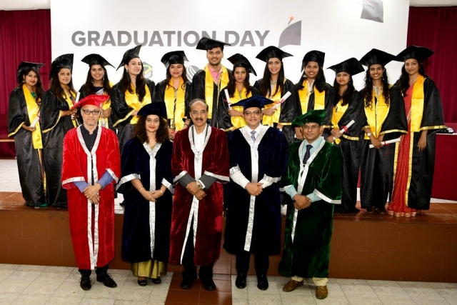 JD Institute Holds Graduation Ceremony for its Diploma and Post Graduate Students JD Institute Holds Graduation Ceremony 4