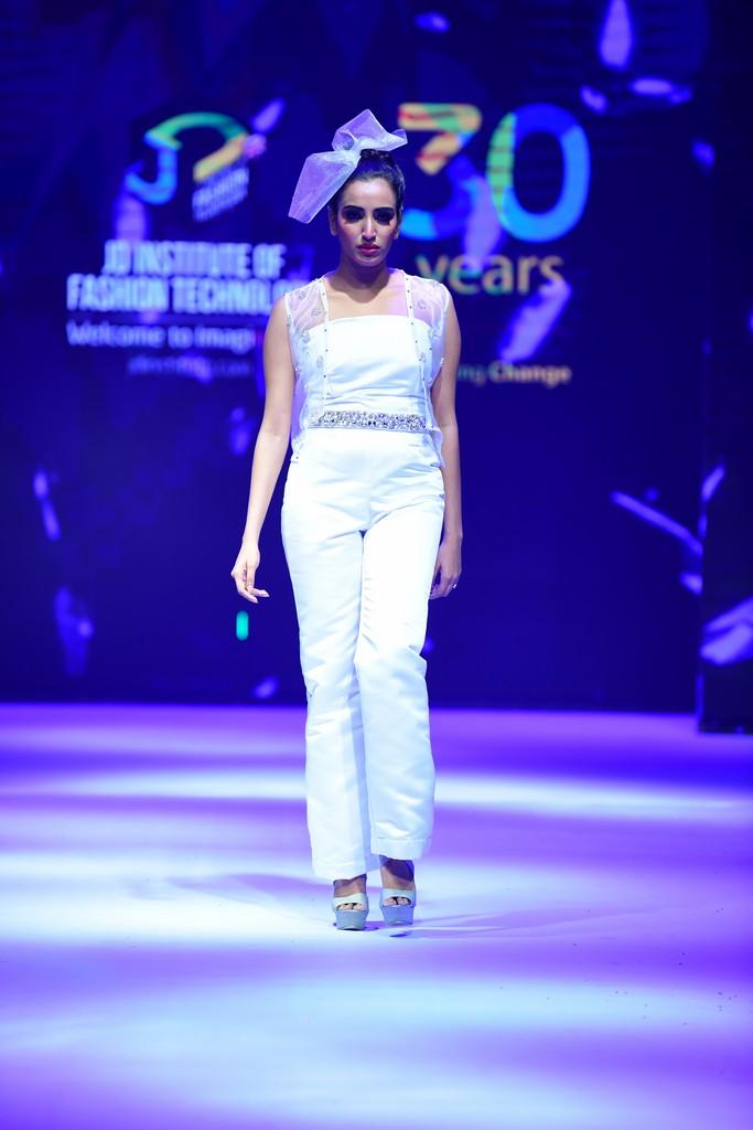 MARIÉE EN CRISTAL mariÉe en cristal MARIÉE EN CRISTAL –JD Annual Design Awards 2019 | Fashion Design MARI  E EN CRISTAL    JD Annual Design Awards 2019 Fashion Design 10